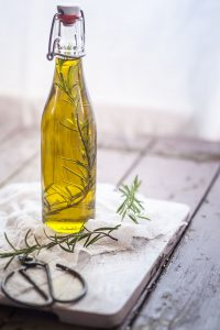 olive-oil-fat-busting-foods-1526481514