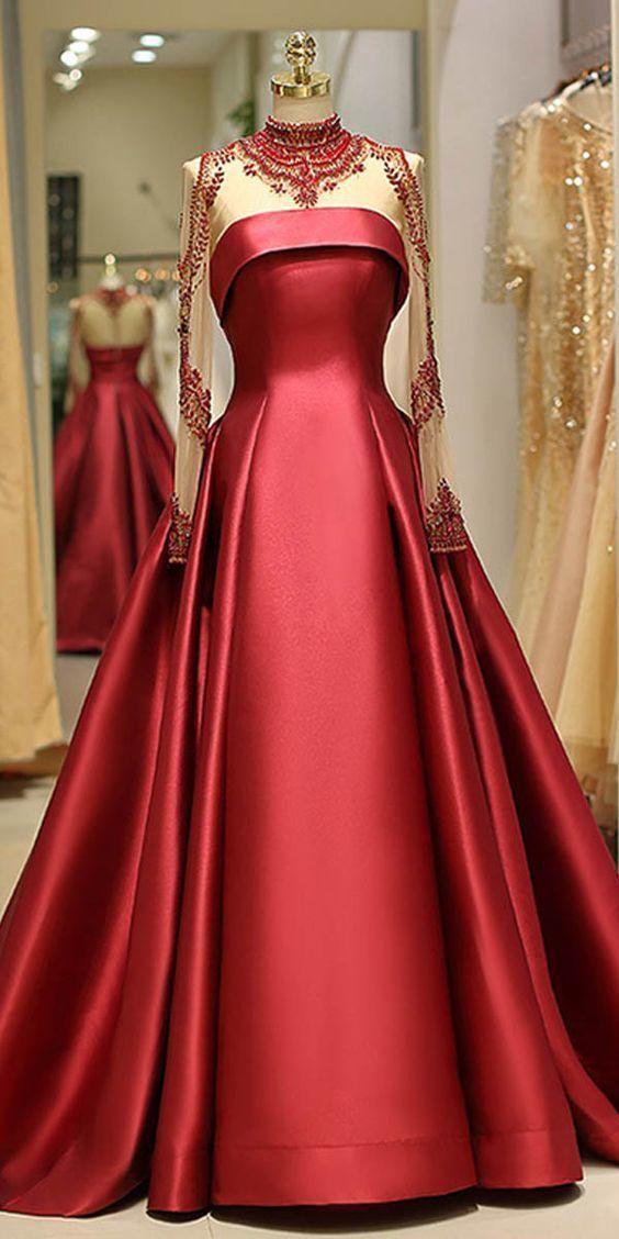 لباس مجلسی شیک در ابتدا نیاز به یک مدل شیک دارد سپس با انتخاب خیاط ...